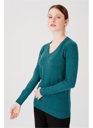 Desen Triko Kadın Sımlı Basıc V Yaka Bluz Kemık Nefti